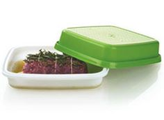 Tupperware / Season N Serve - for marinading. Tupperware Storage, Food Storage, Tupperware Consultant, Meat Seasoning, Marinate Meat, Lettuce Leaves, Cooking Tools, Menu Planning, Great Recipes