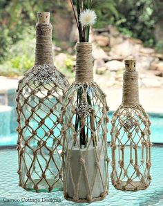 Arredare con le bottiglie - Bottiglie decorate con la corda