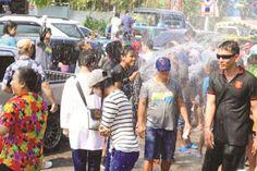 Světem křížem krážem: Oslava thajského Nového roku - Songkran