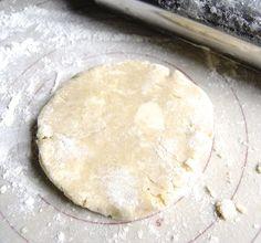 Make pie crust via @kingarthurflour