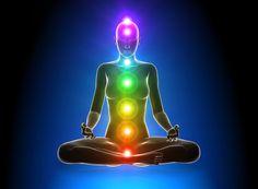 Le terme est aujourd'hui connu pour désigner les «centres spirituels» ou «points dejonction de canaux d'énergie ( les Nadis)» issus d'une conception du Kundalini Yogaet parfaitement localisés dans le corps humain. Selon cette conception, il y aurait sept chakras principaux et des milliers de chakras secondaires. Leschakrassont issus d'un système de croyances philosophiques issues de l'hindouisme. Les premiers textes qui en parlent sont écrits en sanscrit ( comme pour…