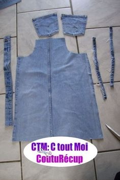 Tutorial for the end of the holiday ! - It's All Me Coutu & récup - carlotta Sewing Jeans, Sewing Aprons, Dress Sewing Patterns, Sewing Clothes, Diy Vetement, Denim Ideas, Denim Crafts, Recycle Jeans, Shirt Refashion