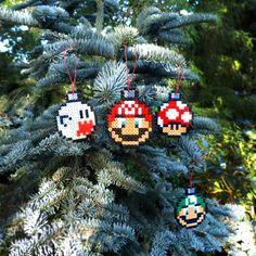 Bombki Mario - zestaw - Rękodzieła i Handmade od Pixel Nerd Christmas Ornament Sets, Mario, Nerd, Xmas, Holiday Decor, Unique Jewelry, Handmade Gifts, Etsy, Vintage