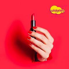 Kırmızı ruj severler burada mı?💄Wincard ile yapacağınız alışverişlerde tüm makyaj ürünlerinde avantajlardan yararlanmak için haydi Winkelen mağazalarına💃 . #tazelenyenilen #winkelentr #makyaj #cilt #saç #kisiselbakim #sacbakimi #elbakimi #ciltbakimi #yuzbakimi #kozmetik #kadın #güzellik #indirim #parfüm #kampanya #happy