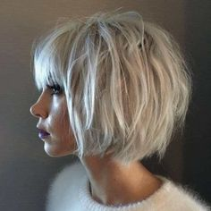 43 Best Cutest Short Pixie Haircut Inspirational Designs For Woman May Love - Page 11 of 43 - Marble Kim Design Short Hair Styles For Round Faces, Hairstyles For Round Faces, Hairstyles Haircuts, Medium Hair Styles, Long Hair Styles, Medium Haircuts, Short Hair Cuts For Women With Bangs, Pixie Haircuts, Layered Haircuts