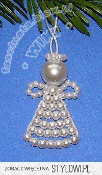 bead angel and many other Christmas decoration ideas Christmas Angel Crafts, Christmas Ornaments To Make, Christmas Jewelry, Christmas Decorations, Pearl Crafts, Beaded Angels, Diy Jewelry Projects, Handmade Wire, Beaded Ornaments