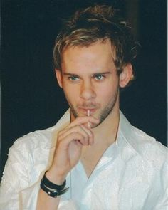 Dominic Monaghan....Charlie Pace on lost...you know what's up?