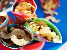 Kuivatus säilöö kesän maut - Kotiliesi.fi Doughnut, Cookies, Desserts, Food, Crack Crackers, Tailgate Desserts, Deserts, Biscuits, Essen