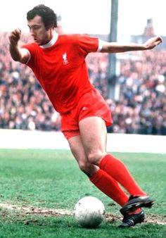 Ray Kennedy. Ooh, that sweet left foot!