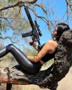 Gunslinger Girl, Dynamic Poses, Girl Posters, Pin Up Photography, Military Girl, N Girls, Let It Be, Guys, Shooting Gear