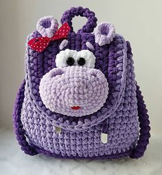 Beautiful crochet backpack for childrens-Super rucsac crosetat pentru copii Crochet Backpack Pattern, Crochet Wallet, Crochet Handbags, Crochet Purses, Crochet Mandala, Crochet Shawl, Crochet For Kids, Sewing For Kids, Crochet Socks