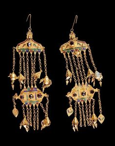 Africa   Temporal with pendants from Moknine, Monastair governate, Tunisia   Gilded silver, stones and enamel   Worn by Muslim women of the Sahel (Sousse and Moknine)