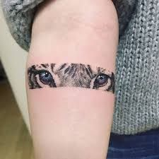 Tiger eyes tattoo on the inner forearm. - Bildergebnis für tiger eyes tattoo The Effective Pictures We Offer You About tattoo ideen A quali - Tigeraugen Tattoo, Wolf Eye Tattoo, Tiger Eyes Tattoo, Cat Eye Tattoos, Paar Tattoo, Wolf Tattoos, Mini Tattoos, Trendy Tattoos, New Tattoos