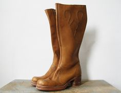 oh, hello!! Vintage riding boots.