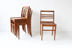 4 RENE GABRIEL CHAIRS https://www.galerie44.com/collection/assises/chaises-rene-gabriel-modele-empilable-en-hetre-massif-1950-set-de-4-details