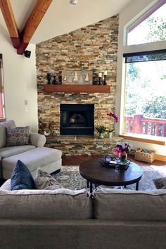 Fireplaces Customers share their new fireplace designs. Classic Fireplace, Home Fireplace, Fireplace Remodel, Fireplace Design, Fireplaces, Cabana, Home Living Room, Living Room Designs, Dordogne