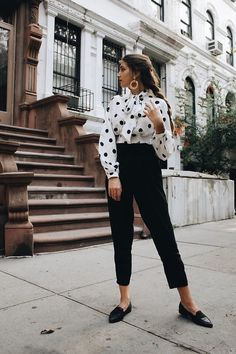 32 best polka dot blouse images in 2016 Office Outfits, Casual Outfits, Fashion Outfits, Sweater Outfits, Formal Outfits, Rock Outfits, Office Attire, Emo Outfits, Work Fashion