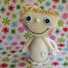 Crochet angel pattern by VendulkaM on Etsy