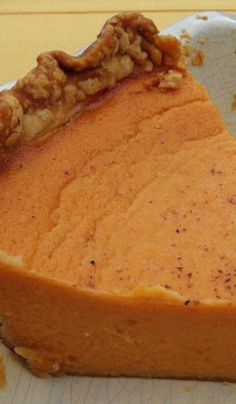 Old Fashion Southern Sweet Potato Pie Delicious pie you will want to make again and again Köstliche Desserts, Delicious Desserts, Yummy Food, Southern Comfort, Southern Food, Southern Recipes, Sweet Pie, Sweet Sweet, Sweet Potato Recipes