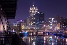 where to go while visiting milwaukee, wisconsin Milwaukee Lakefront, Milwaukee Downtown, Visit Milwaukee, Milwaukee Wisconsin, Lake Michigan, Milwaukee Attractions, Cityscape Art, The Beautiful Country, Beautiful Places