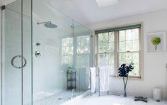 Il plexiglass come soluzione d'arredo in bagno! #plexiglass #arredamentobagno