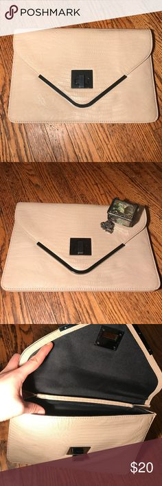 BCBG GBeration handbag /clutch Uses once for prom. Roughly the size of a magazine. Perfect for dinner parties! Simple and elegant BCBGeneration Bags Clutches & Wristlets