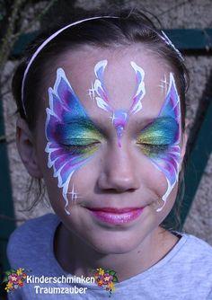 Bild könnte enthalten: 1 Person, lächelnd, Nahaufnahme und im Freien Face Painting Designs, Body Painting, Butterfly Face Paint, Painting Services, Face And Body, Tattoos, Body Art, Make Up, Painted Faces