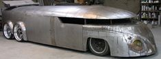 chopped, section, lengthened, dual axle VW Van Streamliner. Its crazy cool. I dont like the stupid tuner drag fin on the top. Just dont match the nice body at all. That front wrapped window is very cool. Vw Bus, Auto Volkswagen, Vw Camper, Campers, Rat Rods, Vw Rat Rod, Combi Wv, Vw Vintage, Vintage Bikes