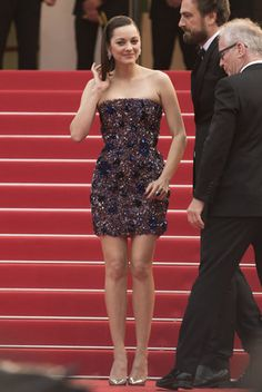 Fashion's greatest hits, misses on the Cannes red carpetActress Marion Cotillard poses for photographers upon arrival for the screening of the film Macbeth at the 68th international film festival, Cannes, southern France, Saturday, May 23, 2015. (Photo by Arthur Mola/Invision/AP) Read more at http://www.philly.com/philly/living/style/20150525_ap_e175c9007b9c409c9ea8592e002e0704.html#sPgQcFL3f3UM422Z.99