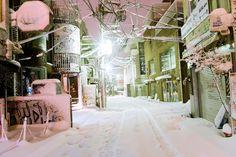 Super snowy Harajuku at 2am on Valentine's Day... | Tokyo Fashion