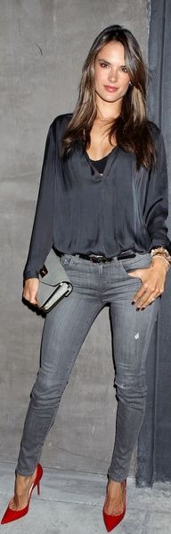 Alessandra Ambrosio love the hot casual look and pop of shoe color