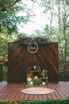 Rustic boho outdoor wedding ceremony backdrop / http://www.deerpearlflowers.com/wedding-backdrop-ideas-from-pinterest/