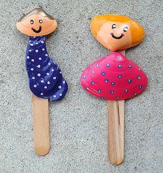 Kid's Crafts: Seashell People Stick Puppets Wooden Craft Sticks, Wooden Crafts, Craft Projects For Kids, Arts And Crafts Projects, Glue Crafts, Craft Stick Crafts, Acrylic Paint Pens, Beach Crafts, Popsicle Sticks
