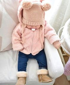 Baby gown with 2 head bands – hand made Price is firm! Baby gown with 2 headban… – Cute Adorable Baby Outfits Outfits Niños, Cute Baby Girl Outfits, Cute Baby Clothes, Toddler Outfits, Toddler Girls, Babies Clothes, Children Clothes, Fashion Outfits, Little Girl Fashion