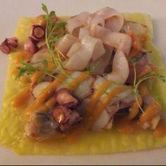 Carpaccio de berza y frutos de mar en Gipúzcoa.  Muy bueno, con mucho sabor: una manera muy ligera de disfrutar de los sabores marinos por Lucia Garay Stinus, Export assistant en Oiarso S.Coop.  http://www.onfan.com/es/especialidades/san-sebastian/mirador-de-ulia/carpaccio-de-berza-y-frutos-de-mar?utm_source=pinterest&utm_medium=web&utm_campaign=referal