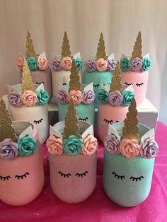 Mason Jar Crafts – How To Chalk Paint Your Mason Jars - Imporing Wine Bottle Crafts, Mason Jar Crafts, Mason Jar Diy, Unicorn Themed Birthday, 5th Birthday, Birthday Ideas, Mason Jar Birthday, Birthday Cookies, Glitter Jars