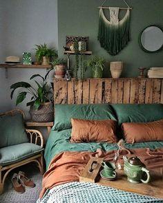 Decor Habitacion Bohemian Style Ideas For The Bedroom Decor Design # bohemianbedroom Bohemian Bedroom Furnishing Bedroom Bohemian . Bedroom Green, Home Bedroom, Bedroom Furniture, Budget Bedroom, Modern Bedroom, Trendy Bedroom, Furniture Ideas, Warm Bedroom, Bedroom Colors
