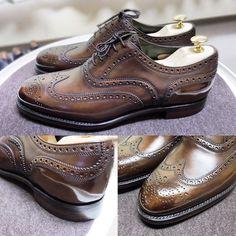 Cheaney 週があけたら履こうと軽くポリッシュしてみました今回はニュートラルで #cheaney #cheaney130 #shoes #shoecare #cheaneyregent #チーニー #紳士靴 #革靴 #靴磨き #シューケア #鏡面磨き #ポリッシュ #ハイシャイン #polish #highshine
