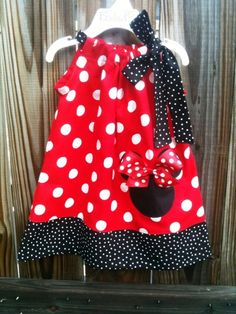 pillowcase dress by bagaaya & Festa da Minnie Vermelha: 40 ideias incríveis | Minnie mouse Mice ... pillowsntoast.com