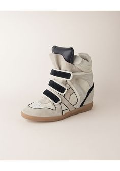 I cant get enough of my Isabel Marant shoes they are my favorite pair of sneakers I own !!