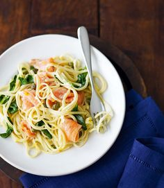 You could have this creamy salmon linguine, for two people, on the table in just 15 minutes. All you need are a few nifty shop-bought ingredients and some storecupboard staples. Linguine Recipes, Easy Pasta Recipes, Cooking Recipes, Healthy Recipes, Healthy Dinners, Easy Cooking, Free Recipes, Healthy Food, Foods