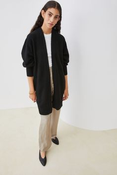 You can never go wrong with a long cardigan. Wrap yourself up in this cozy knit, grab a cup of coffee, and curl up with a good book. #fallfashion #falloutfits #fallsweaters #cutesweaters #southernliving Cashmere Cardigan, Striped Cardigan, Black Cardigan, Long Cardigan, Sweater Cardigan, Best Cardigans, Cardigans For Women, Fall Sweaters, Sweater Fashion