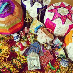705さんの、お土産,モロッコ,プフ,ラグ,ランプ,カゴバッグ,ミラー,タッセル,食器,Lounge,のお部屋写真