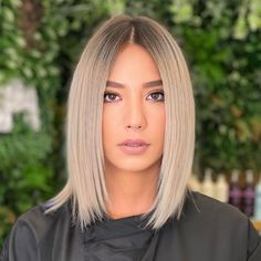 Tap to visit our site and see our list of trendy blunt bob haircuts like this! Photo credit: Instagram @ilhankaymakofficial