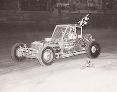 Back in the St. Charles Speedway was home to Super Modified racing. Those cars would morph into the earliest stages of late model stock car racing. Vintage Auto, Vintage Race Car, Sprint Cars, Race Cars, Checkered Flag, Dirt Track, Suppers, Auto Racing, Antique Cars