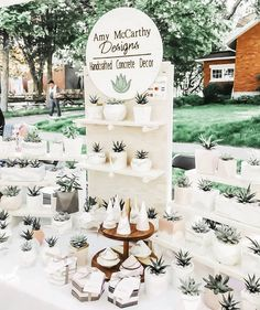 Booth Ideas, Display Ideas, Vendor Booth, Show Booth, Retail Merchandising, Jewellery Display, Craft Fairs, Profile, Table Decorations