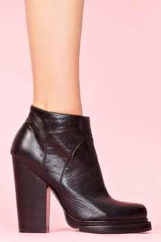 So I normally can't stand Jeffrey Campbell (Litas, ewww) but damn these Loza Platform Boots might break me