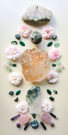 May the stone that is laid down expand the healing light which is within multiply the love gathered on the realms travelled not to the end but let this being carry us to where it begins °Woodlights Woudlicht Minerals And Gemstones, Crystals Minerals, Rocks And Minerals, Stones And Crystals, Gem Stones, Crystal Magic, Crystal Grid, Healing Light, Healing Crystals
