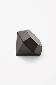 Made from beech, this diamond-shaped box is designed to hold small and special belongings. It is designed by Fort Standard.  Based in Brooklyn, New York, Areaware produce everyday objects that are both functional and unusual.