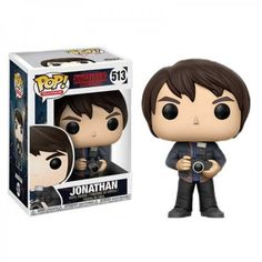 From Stranger Things, Jonathan with a camera, as a stylized POP vinyl from Funko! Pop Stranger Things Jonathan With Camera Vinyl Figure stands 3 inches and comes in a window display box. Collect them all! Stranger Things Jonathan, Stranger Things Funko Pop, Stranger Things Funny, Stranger Things Season, Pop Figurine, Figurines Funko Pop, Funko Figures, Pop Vinyl Figures, Jonathan Byers